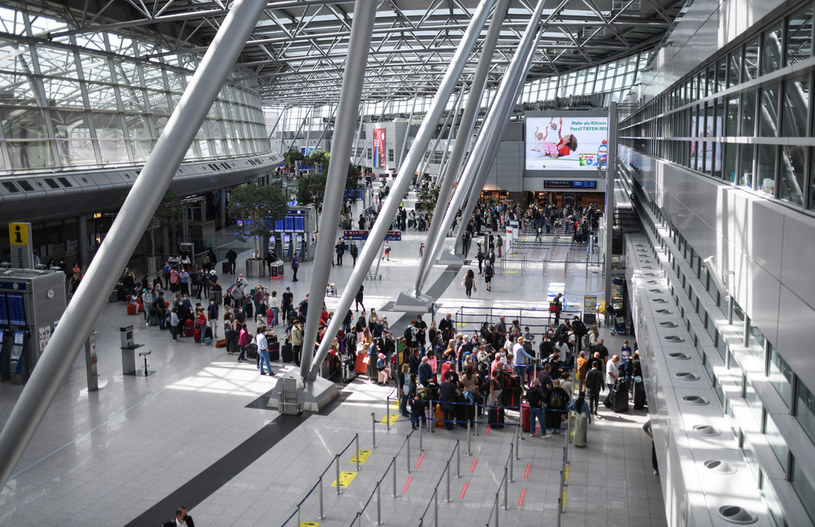 Lotnisko, zdj. ilustracyjne /INA FASSBENDER / AFP /AFP