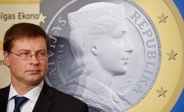 Łotwa przyjęła euro 1 stycznia 2014 roku /AFP