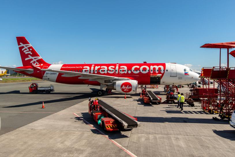 Loty samolotami AirAsia tylko dla zaszczepionych przeciw Covid-19 /123RF/PICSEL