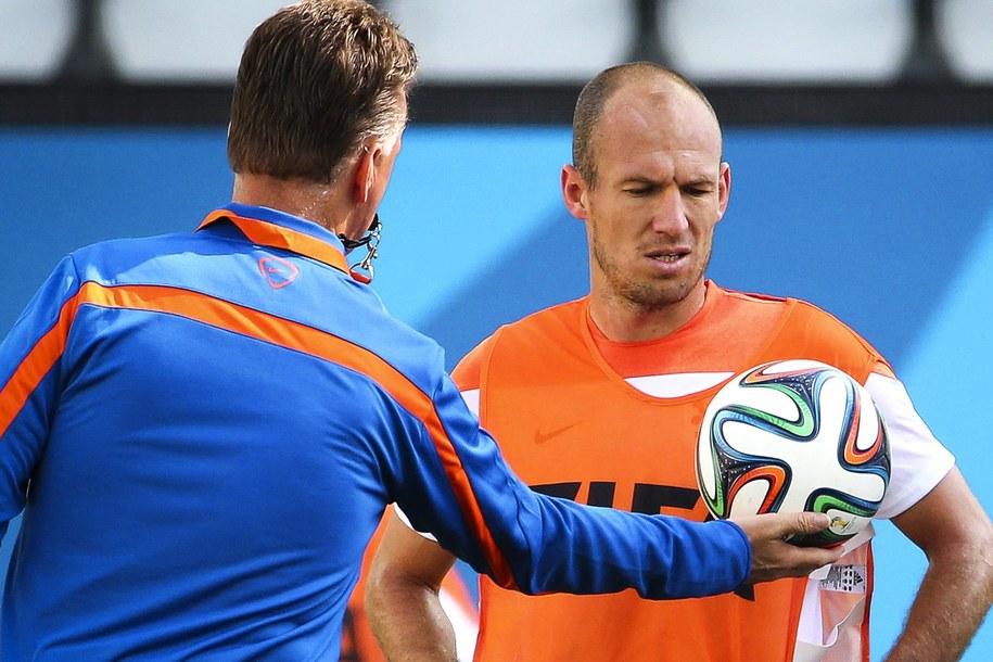 Louis van Gaal i Arjen Robben /DIEGO AZUBEL /PAP/EPA