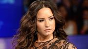 Lovato w bardzo odważnej kreacji