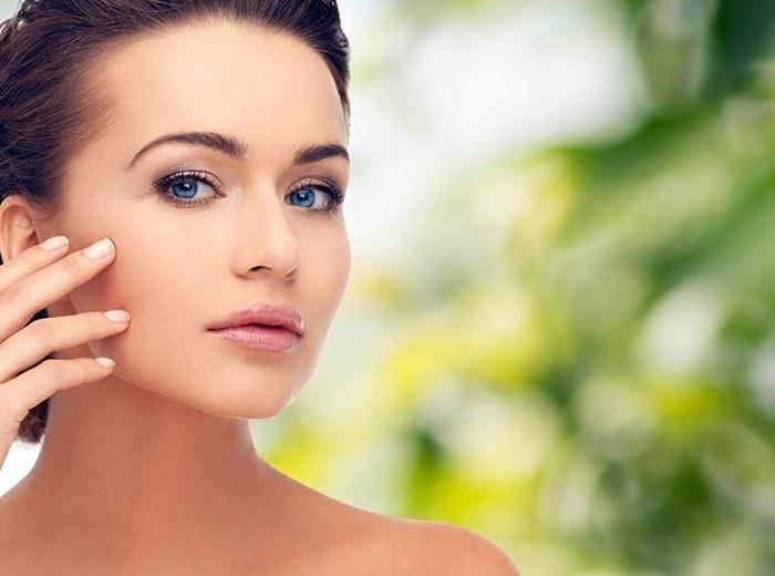 Lubczyk zastosowanie w kosmetyce /© Photogenica