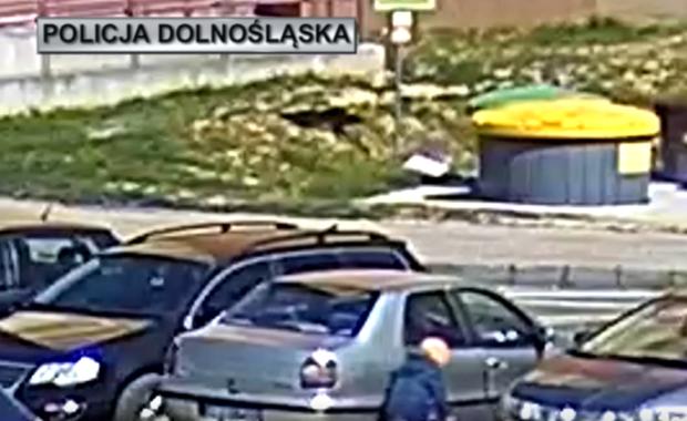 Lubin: 5-latek na rowerku wjechał wprost pod auto [FILM]