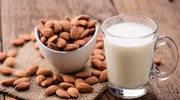 Lubisz mleko roślinne? Nie przepłacaj - zrób je sama!