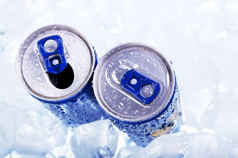 Lubisz pić energetyki? Lepiej je sobie odpuść /123/RF PICSEL
