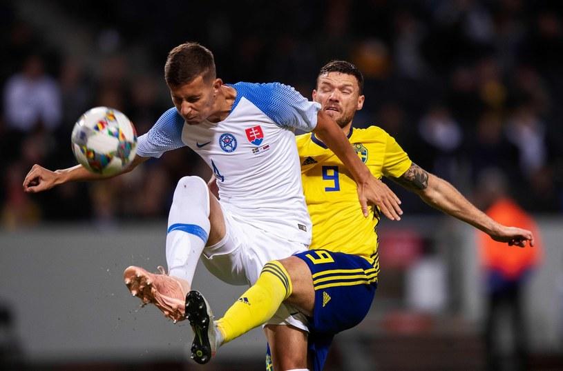 Lubomir Szatka w walce ze Szwedem Marcusem Bergiem /Nils Petter NILSSON / TT News Agency / AFP /AFP