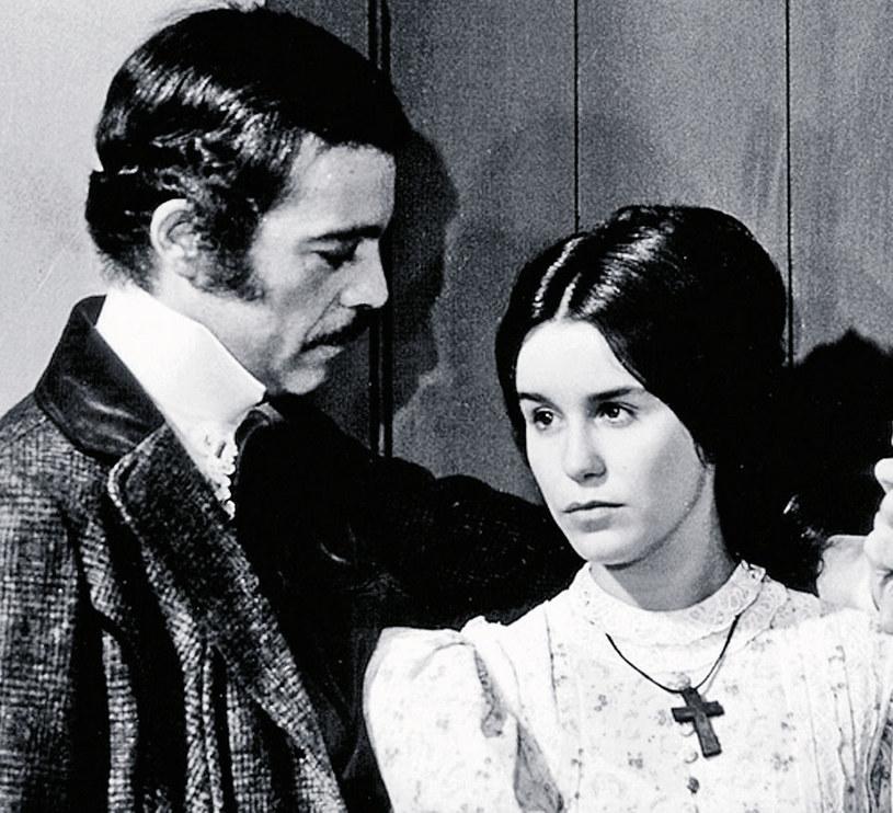 Lucelia Santos miała 18, a jej partner 45 lat, gdy zaczęli grać w telenoweli. Aktor zmarł w 2008 roku na atak serca. Miał 76 lat /Tele Tydzień