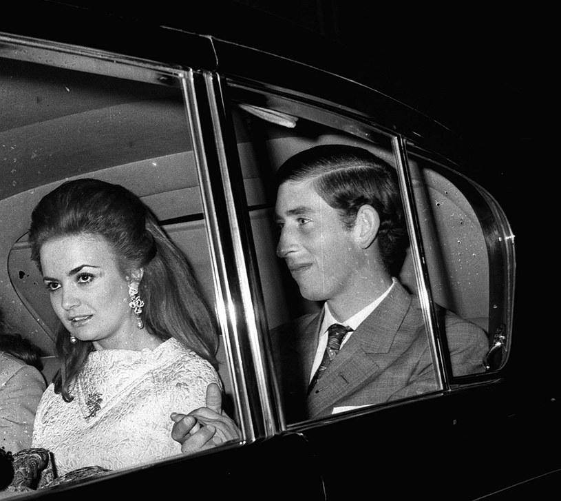 Lucia Santa Cruz była pierwszą miłością księcia Karola. To ona jednak poznała go z jego życiową partnerką - Camillą /PA Images /Getty Images