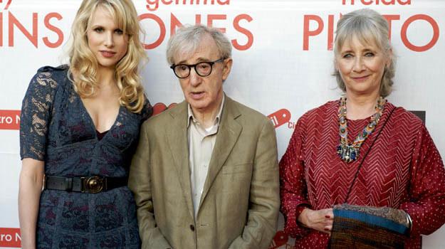 """Lucy Punch, Woody Allen i Gemma Jones w poszukiwaniu """"przystojnego bruneta"""" - fot. J.H. Gimenez /Getty Images/Flash Press Media"""