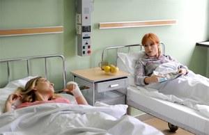 Lucyna będzie udawać pacjentkę tego samego szpitala, w którym leży Julia /  /Agencja W. Impact