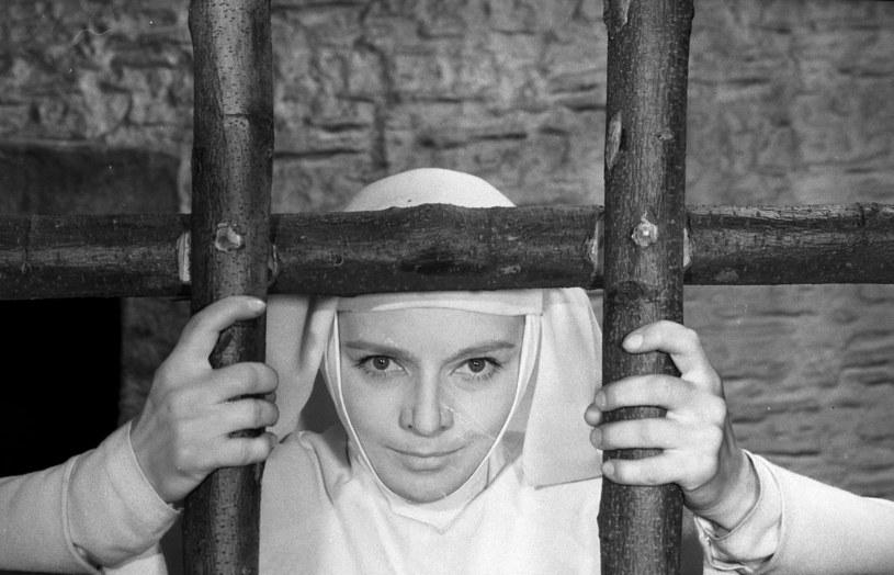 """Lucyna Winnicka w filmie """"Matka Joanna od Aniołów"""" (1960) /East News/POLFILM"""