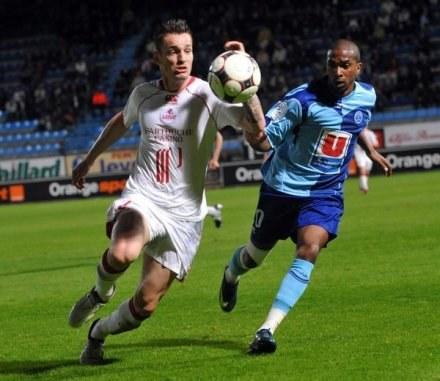Ludovic Obraniak (z lewej) ma wzmocnić naszą reprezentację. /AFP