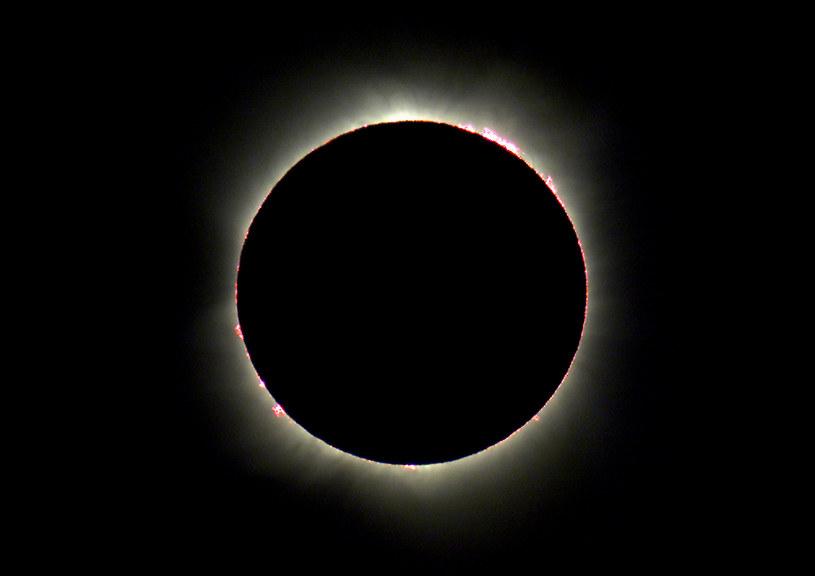 """Ludzie chcą wywołać """"sztuczne"""" zaćmienie Słońca, aby obserwować koronę naszej gwiazdy /AFP"""