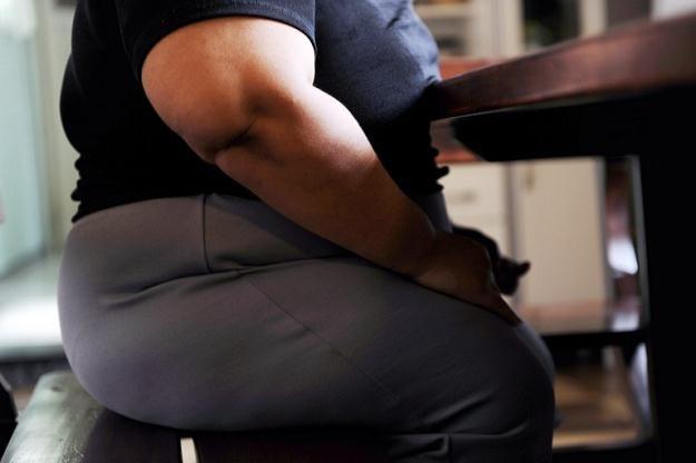 Ludzie z nadwagą żyją dłużej niż szczupli? /AFP