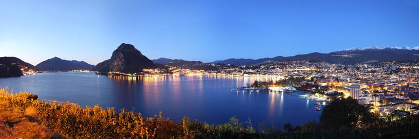 Lugano mozna podziwiać z pokładu parostatku /Switzerland Tourism
