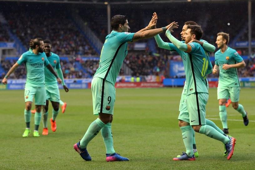 Luis Suarez, Lionel Messi i Neymar cieszą się z bramki /AFP