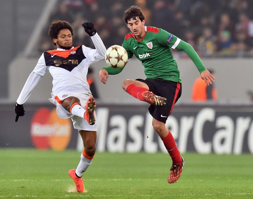 Luiz Adriano (z lewej) /AFP