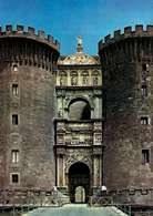 Łuk triumfalny Alfonsa V Aragońskiego w Neapolu, wzniesiony 1445-58 r. /Encyklopedia Internautica