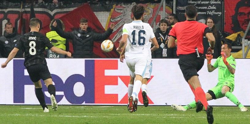 Luka Jović strzela gola na 3-1 /AFP