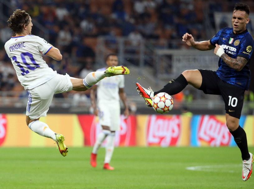 Luka Modrić kontra Lautaro Martinez /PAP