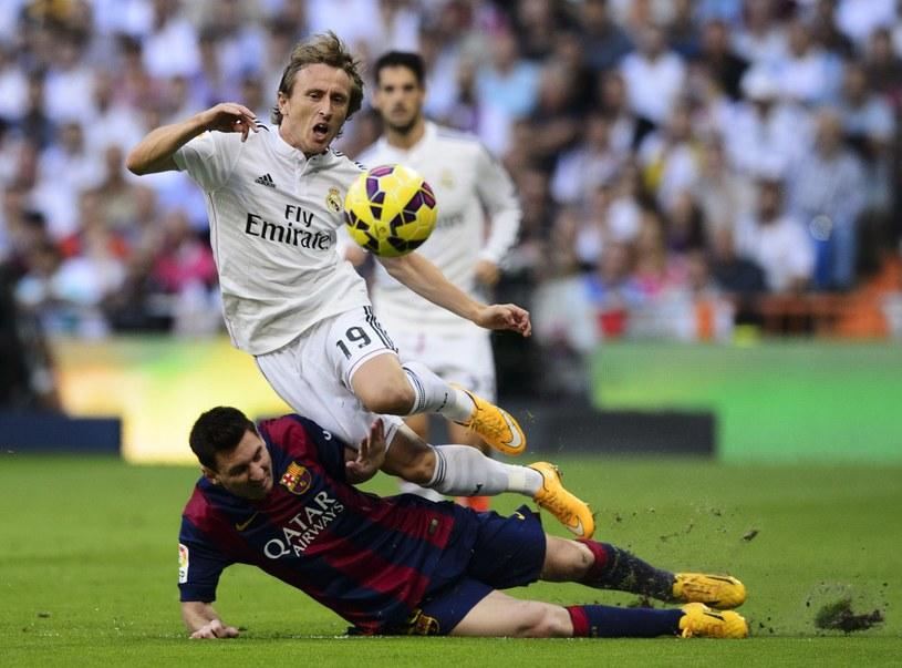 Luka Modrić w meczu z Barceloną /AFP