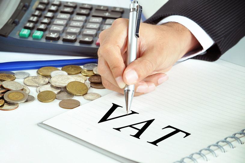 Luka VAT mniejsza o 13 mld zł? /123RF/PICSEL