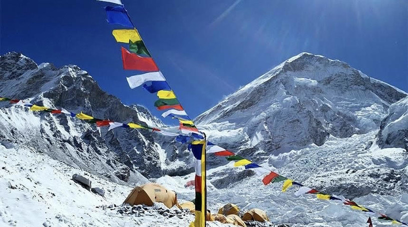 Łukasz Adamczyk: Everest to jest ogromne przedsięwzięcia logistyczne, wymagające sporych pieniędzy. Wszystkie wyjazdy finansujemy z własnych środków /fot. archiwum rozmówcy /materiały prasowe