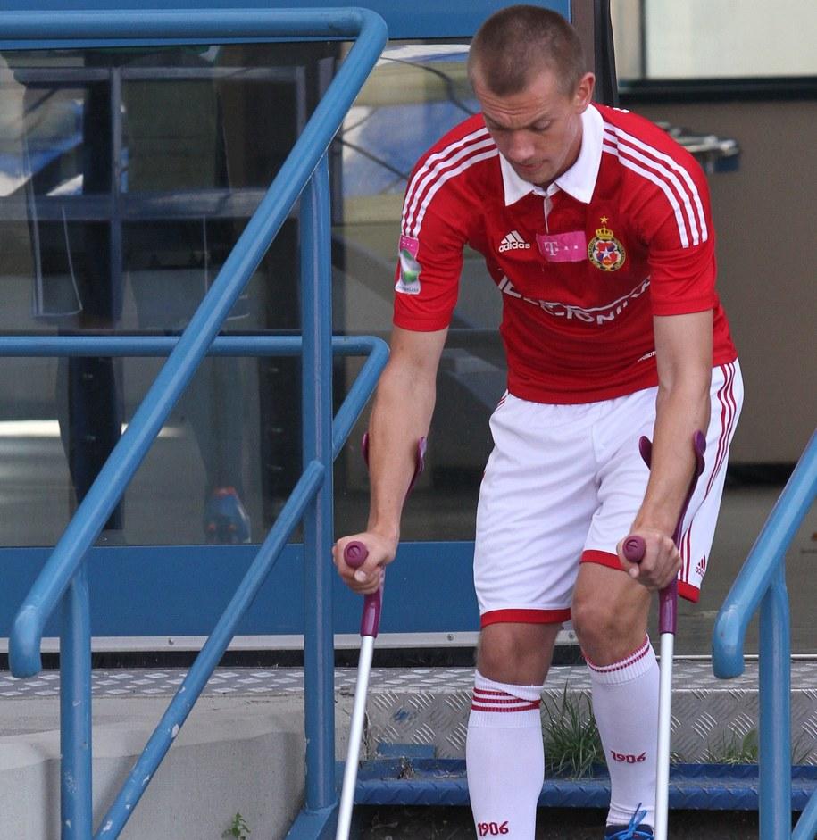 Łukasz Burliga, kontuzjowany podczas meczu dwa lata temu /Jacek Bednarczyk /PAP