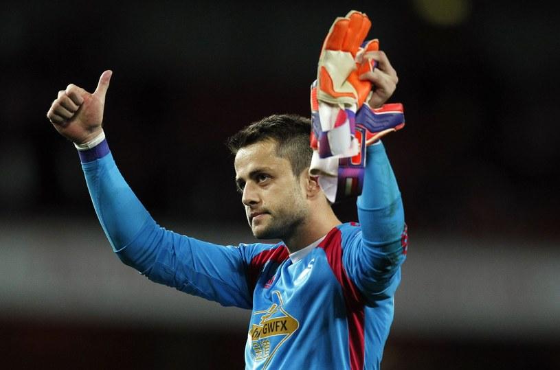 Łukasz Fabiański dobrze się czuje w zespole Swansea City /AFP