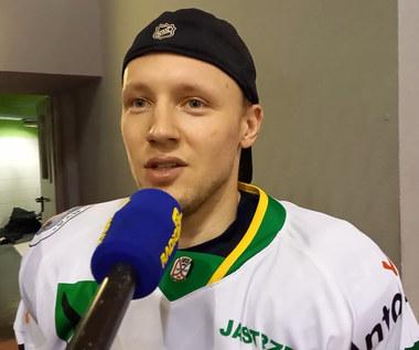 Łukasz Nalewajka (JKH GKS Jastrzębie) po zwycięstwie w finale hokejowego Pucharu Polski. Wideo