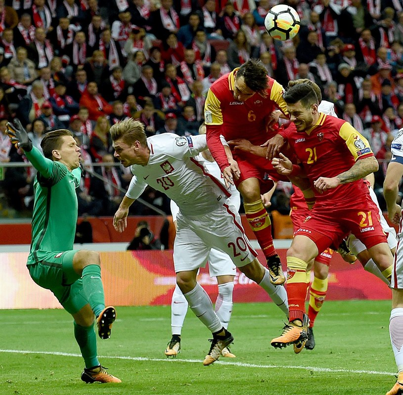 Łukasz Piszczek doznał kontuzji w meczu z Czarnogórą /AFP