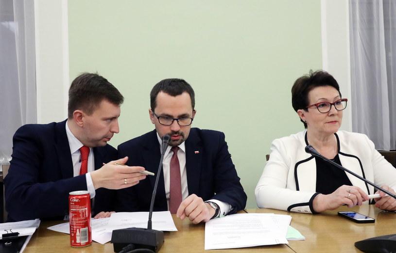 Łukasz Schreiber (z lewej) /Tomasz Gzell /PAP