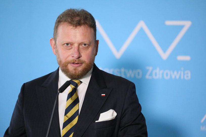 Łukasz Szumowski: Negowanie pandemii obraża pamięć ofiar /Jakub Kamiński   /East News