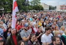 Łukaszenka o protestach: Utworzono centrum pod Warszawą