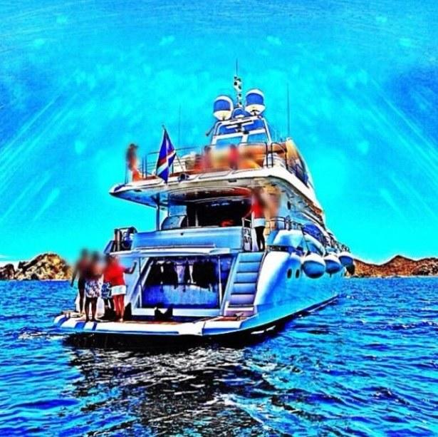 Luksusowe jachty i wakacje marzeń - ci przestępcy żyli niczym królowie /materiały prasowe