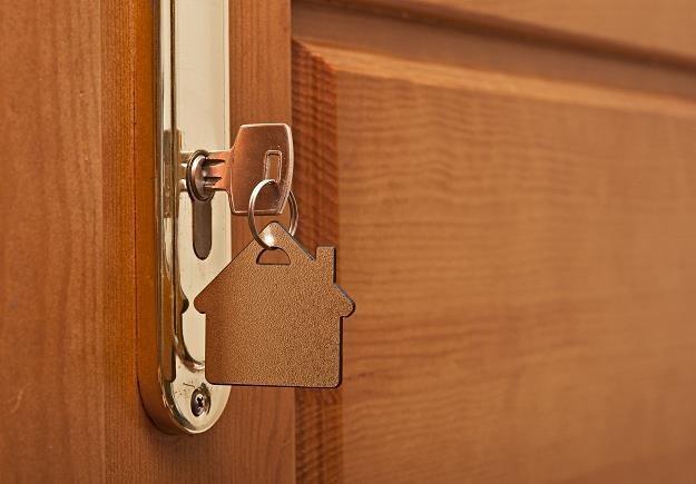 Luksusowe mieszkania trzymają wysokie ceny /©123RF/PICSEL
