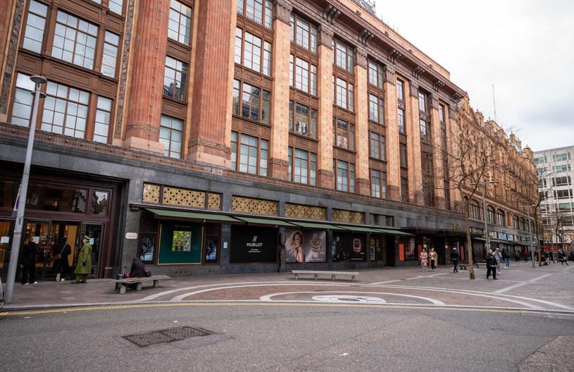 Luksusowy londyński dom towarowy wprowadził wegańskie buty do swojego słynnego centrum obuwniczego Shoe Heaven /Rex Features /East News
