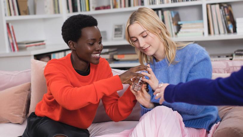 Lupita Nyong'o i Saoirse Ronan wzięły udział w kampanii zapachu Calvin Klein Women /materiały prasowe
