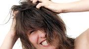 Łuszczyca: Jak dbać o skórę głowy