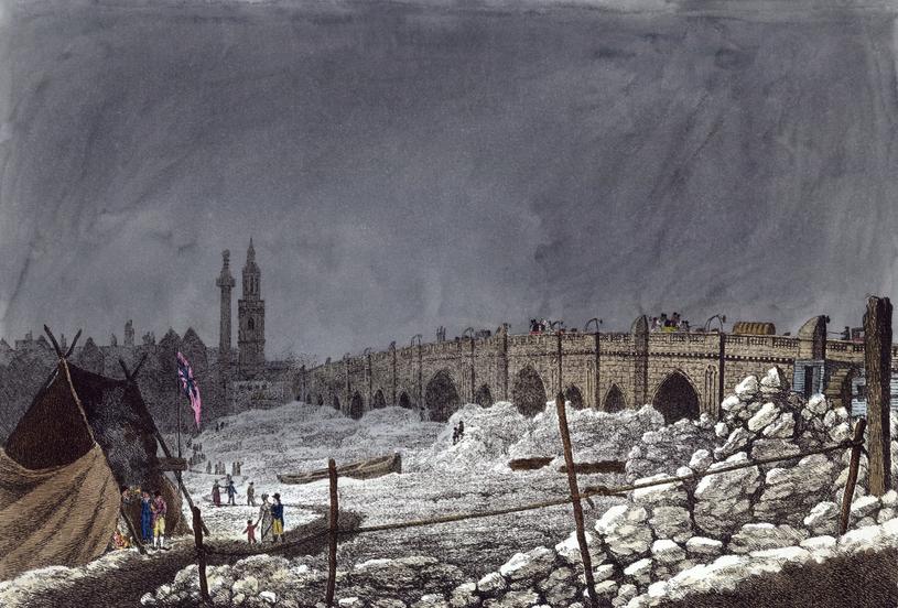 Luty 1814. Czas, kiedy zamarzła Tamiza. Czy niebawem znów zobaczymy londyńską rzekę skutą lodem? /East News
