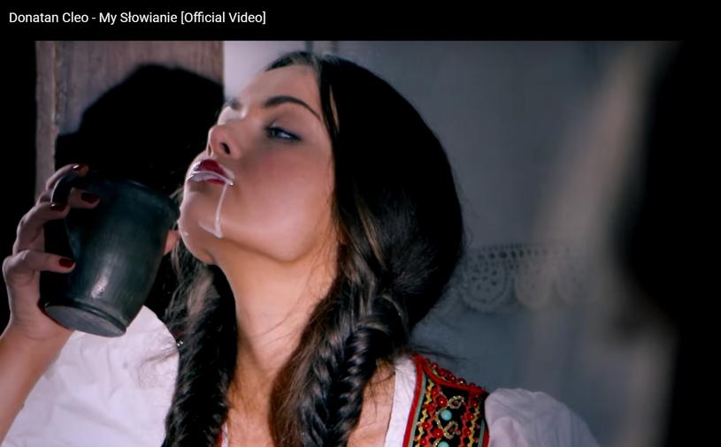 """Luxuria Astaroth w teledysku Donatana i Cleo """"My Słowanie"""" /YouTube /materiał zewnętrzny"""