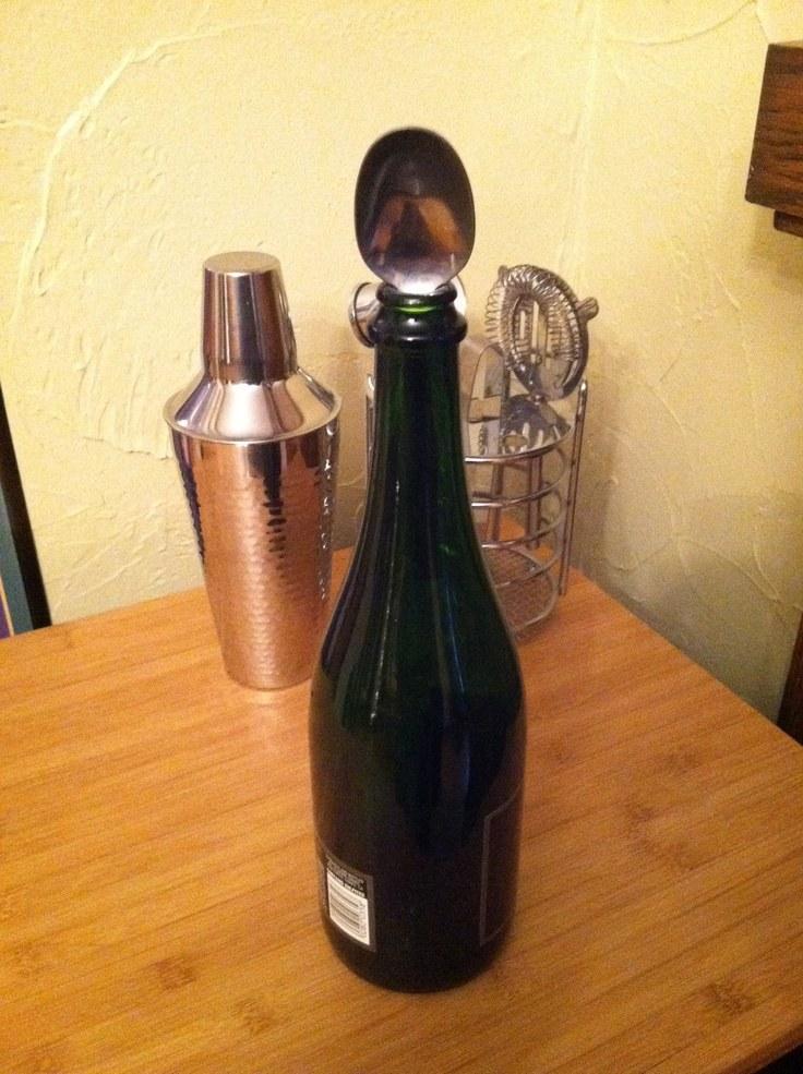 łyżka w szampanie /© Photogenica