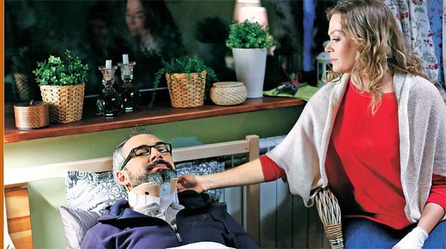 """""""M jak miłość"""": Anna ma nadzieję, że Adam szybko wróci do formy. Nie zdaje sobie sprawy, że Werner nie jest z nią szczery /Tele Tydzień"""