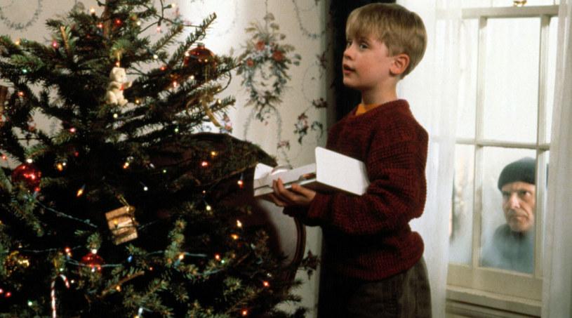 "Macaulay Culkin jako Kevin w ""Kevin sam w domu"" /Everett Collection /East News"