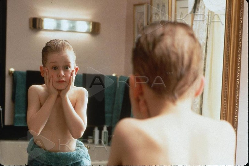 "Macaulay Culkin w filmie ""Kevin sam w domu"" /AKPA"