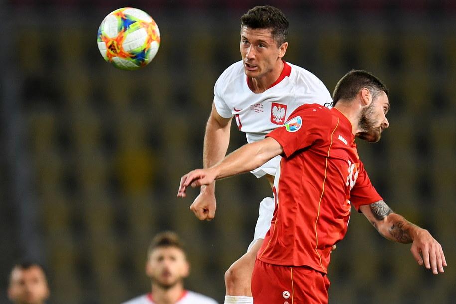Macedonia Północna vs Polska w eliminacjach Euro 2020: Robert Lewandowski i Darko Velkoski /GEORGI LICOVSKI /PAP/EPA