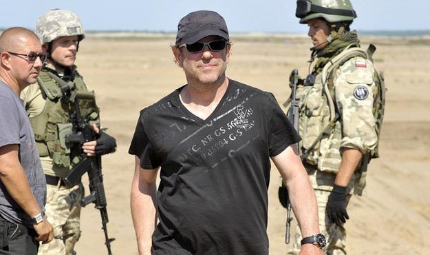 """Maciej Dejczer na planie serialu """"Misja Afganistan"""" /AKPA"""