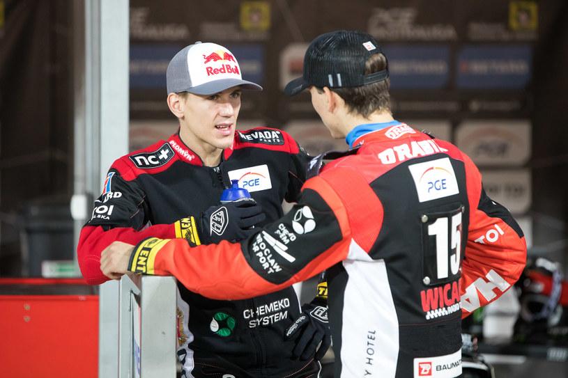 Maciej Janowski (z lewej) i Maksym Drabik mają nad czym myśleć /Marcin Karczewski /Newspix