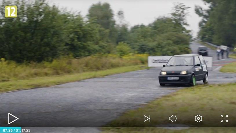 Maciej jest fanem samochodów /player.pl /TVN