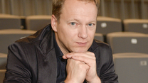 Maciej Stuhr: Jak ktoś pokazuje faka, to artysta powinien reagować